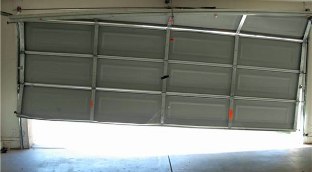 An Off Track Garage Door Is Not Only Unattractive But It Can Also Be Quite  Risky And Unstable. It Is Not Advisable To Deal With This Sort Of Door With  ...